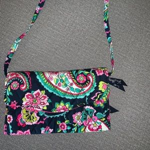 Vera Bradley strap wallet NWT never used!